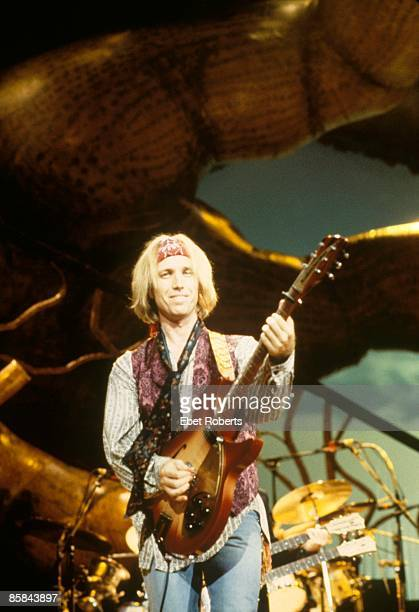 tom petty new york stock fotos und bilder getty images. Black Bedroom Furniture Sets. Home Design Ideas
