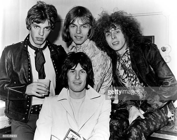 Photo of TOMORROW and John WOOD and John Twink ALDER and Steve HOWE and Keith WEST Keith West front l to R behind John Junior Wood Steve Howe John...