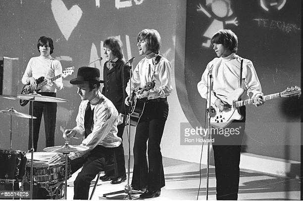 POPS Photo of Tony HICKS and HOLLIES and Graham NASH and Bobby ELLIOTT and Bernie CALVERT and Allan CLARKE LR Bernie Calvert Bobby Elliott Allan...