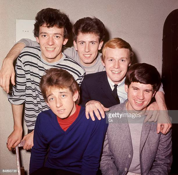 Photo of Tony HICKS and HOLLIES and Graham NASH and Eric HAYDOCK and Bobby ELLIOTT and Allan CLARKE L to R Allan Clarke Graham Nash Bobby Elliott...