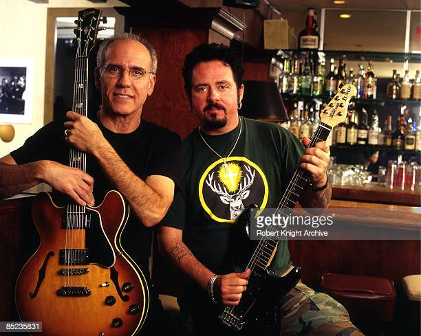 HOLLYWOOD Photo of TOTO and Steve LUKATHER and Larry CARLTON Larry Carlton Steve Lukather