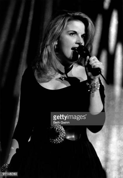 NASHVILLE Photo of Trisha YEARWOOD Performing live on stage