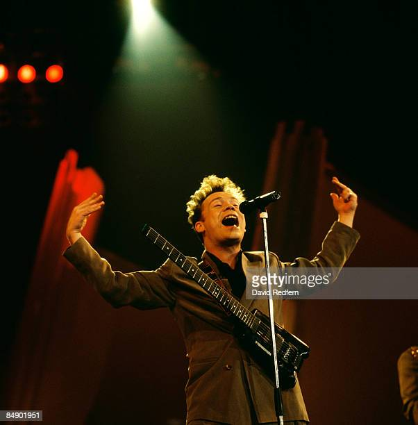 FESTIVAL Photo of UB40 and Ali CAMPBELL Ali Campbell performing on stage