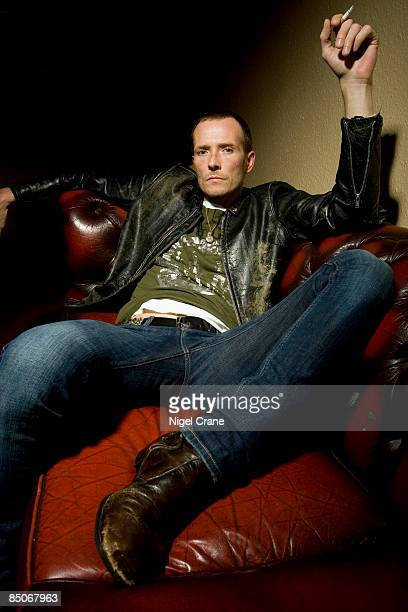 ACADEMY Photo of VELVET REVOLVER and Scott WEILAND Posed portrait smoking a cigarette