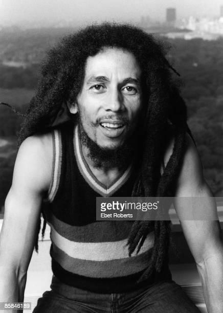 Photo of WAILERS and Bob MARLEY Posed portrait of Bob Marley
