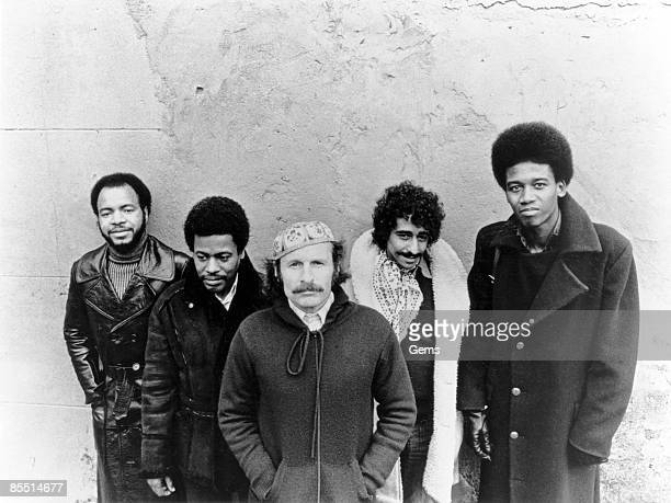 Photo of WEATHER REPORT; L-R: Chester Thompson, Wayne Shorter, Joe Zawinul, ?, Alphonso Johnson - posed, group shot