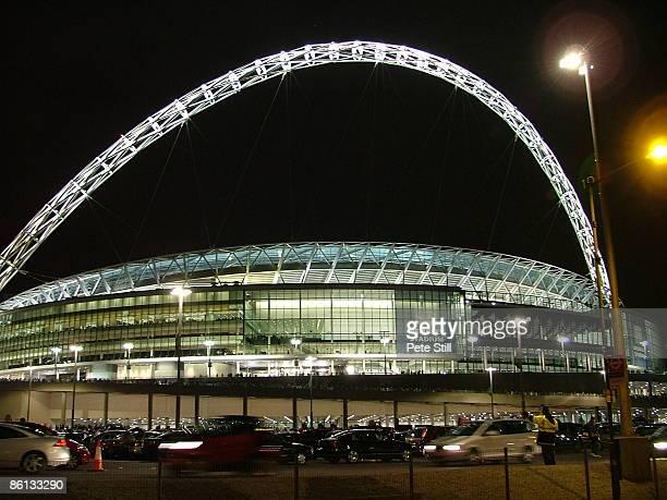 STADIUM Photo of WEMBLEY STADIUM Exterior view of the new Wembley Stadium at night