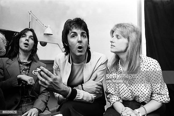 Photo of Wings 19 Rockgroup Wings pressmeeting Copenhagen March 20 1976 Here Jimmy McCullochPaul Linda McCartney