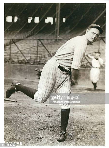 Photo of Yankees pitcher Waite Hoyt as he warms up before the start of the second World Series game at Highlander Park, New York, New York, October...