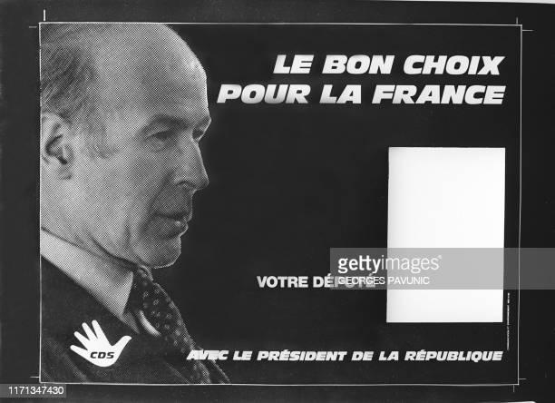 Photo prise 14 février 1978 à Paris d'un projet d'affiche à l'effigie de Valéry Giscard d'Estaing réalisée par le Centre des Démocrates Sociaux deux...