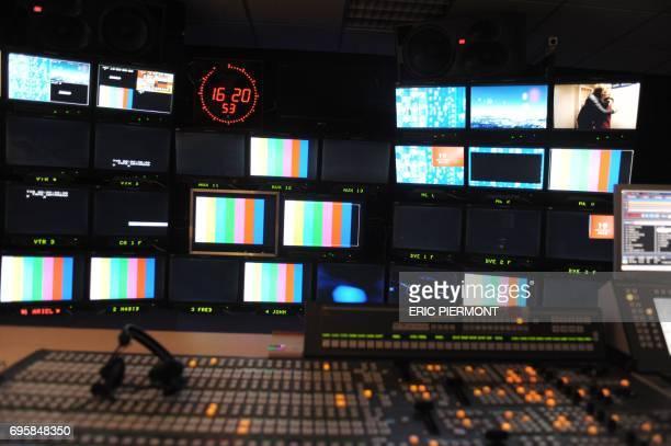 Photo prise dans une régie d'un studio d'Euro Média Group le 22 novembre 2010 à la PLaine SaintDenis Le premier prestataire technique européen pour...