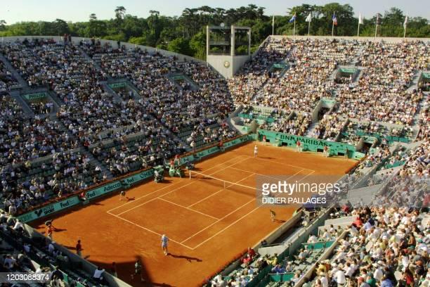 Photo prise en juin 2002 lors du tournoi de tennis de Roland Garros du court Suzanne Lenglen.