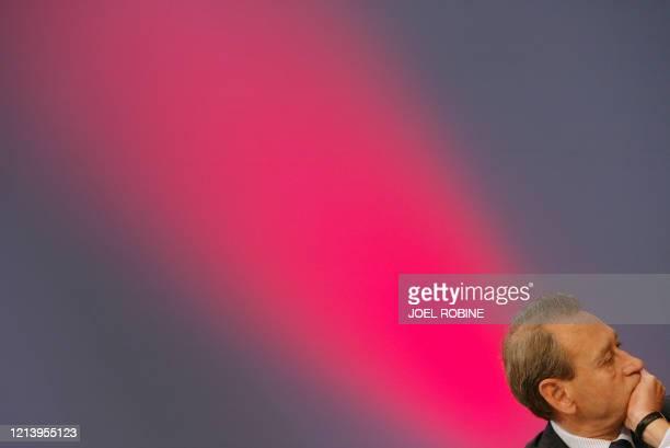 Photo prise le 05 mai 2004 au Palais des congrès de Paris, du maire de Paris Bertrand Delanoë lors de la clôture du congrès fondateur des ¿Cités et...