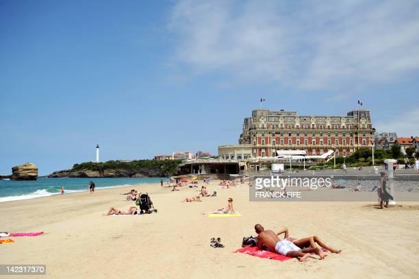 Photo prise le 15 juin 2011 de la plage de Biarritz Lieu de villégiature prisé du gotha européen au XIXe siècle Biarritz fait aujourd'hui le bonheur...