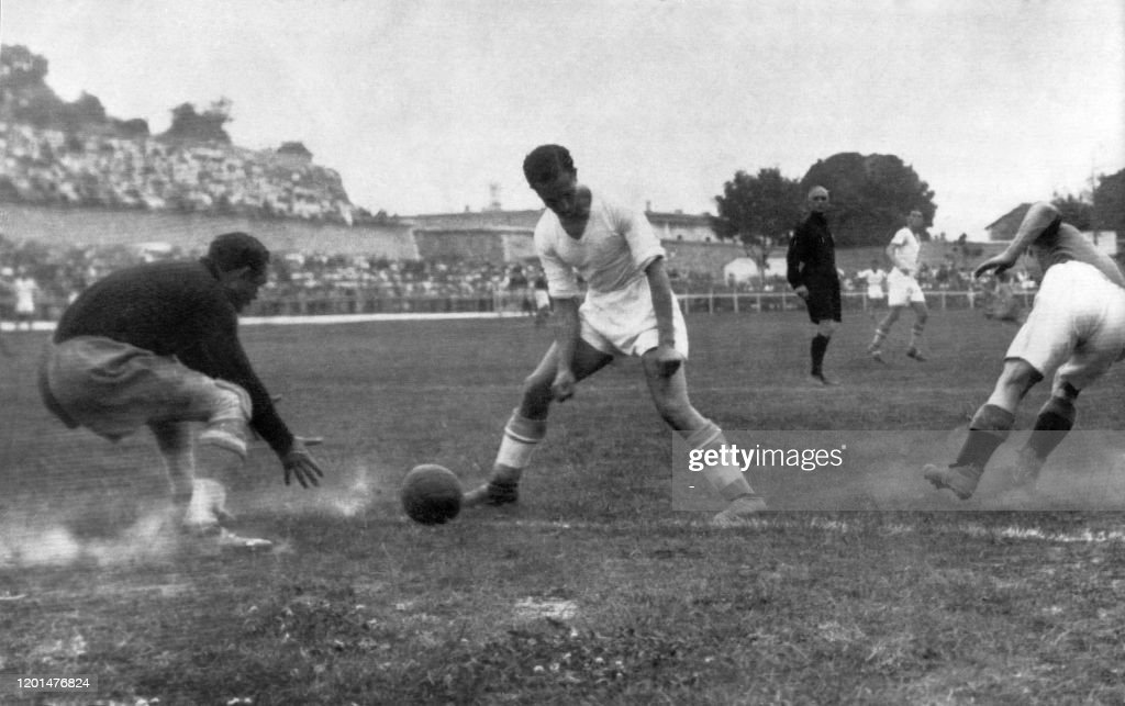 Photo reçue le 01 juin 1937 du match OM contre Chelsea. News Photo ...