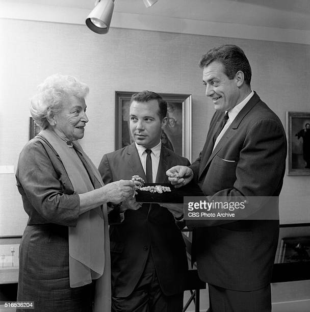 A photo shoot at the Raymond Burr Galleries 456 North Rodeo Drive Beverly Hills CA Hilda Swarthe Frank Vitti and Raymond Burr with Arthur King...