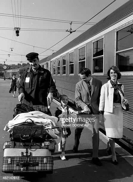 Photo shoot for an advertising for SNCF on September 24 1964 in Paris France