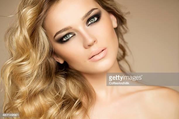 Foto-Schuss von junge schöne Frau