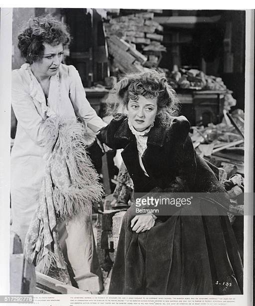 Photo Shows Lee Remick and Bette Davis in a scene from the movie 'The Sisters' 1938