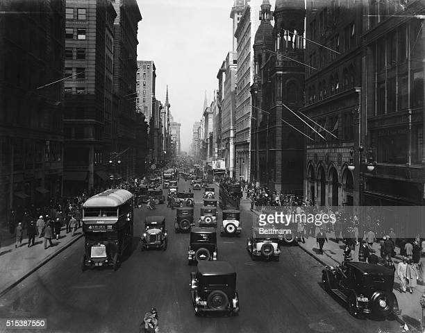 Photo shows New York City, and 5th Avenue looking North.
