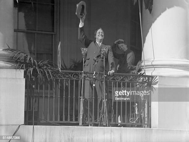 Photo shows President Roosevelt as he waved a greeting to the crowd of children that was assembled on the White House lawn for the traditional Easter...