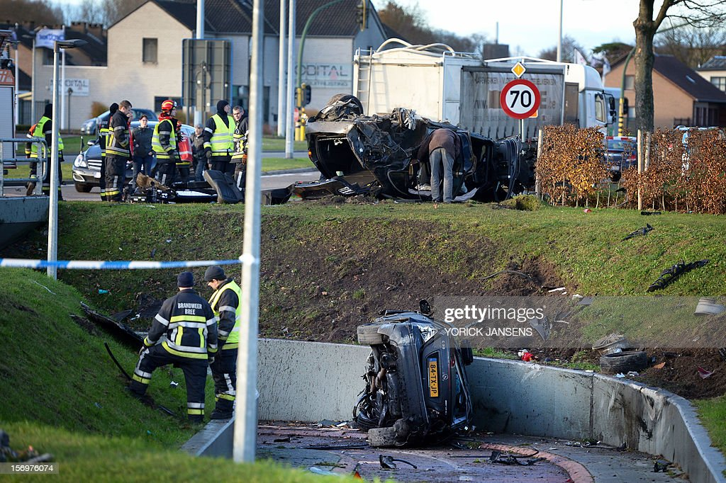 Photo shows the aftermath of an accident with three cars at the Rode Kruislaan in Bree, on November 25, 2012. One person died in the accident, two got seriously injured.