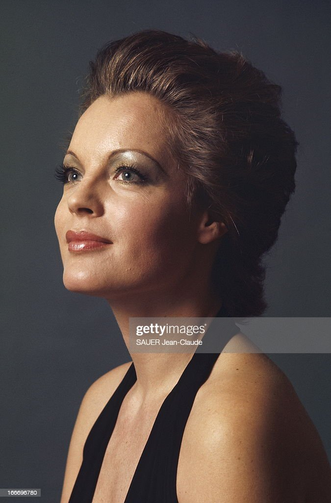 Fabuleux Photo Studio Of Romy Schneider Pictures | Getty Images IB01