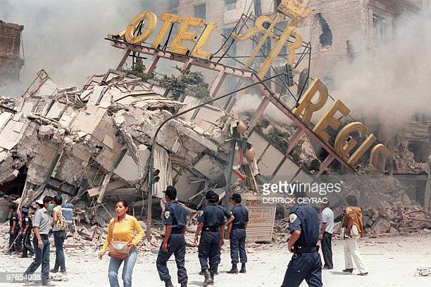 A photo taken 21 September 1985 shows the ruins of Hotel Regis flattened in the 19 September earthquake that struck Mexico City killing up to 30 000...