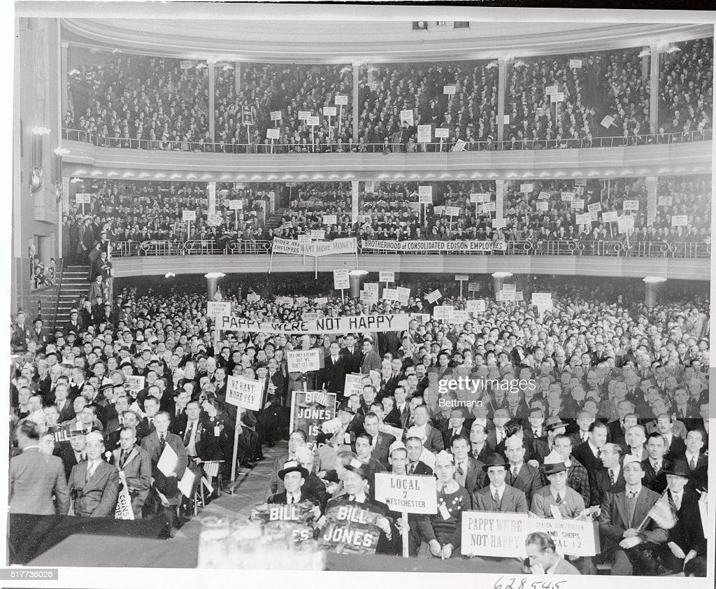 Edison Employees Rallying at Manhattan Center : News Photo
