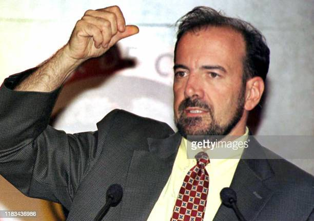 Photo taken in Bogota 2002 of government official Juan Luis Londono who was reported dead in an airplane accident 11 February 2003 Foto tomada en...