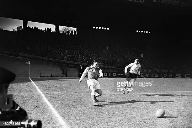 Photo taken in February 1956 shows French footballer Raymond Kopa in action. AFP PHOTO