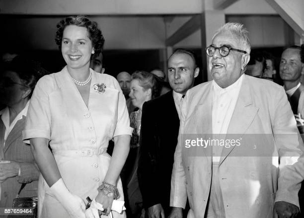 Photo taken on August 4 1949 shows Aga Khân III and his wife The Begum stopping off at Le Bourget for Deauville after the theft of their jewels which...