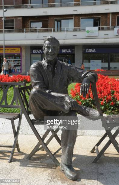A photo taken on August 7 2014 in Irun in the Basque country in northern Spain shows a statue of Spanish Basque operetta singer and actor Luis...