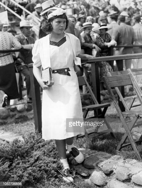 Photo taken on June 12, 1937 shows US actress and fashion designer Gloria Vanderbilt.