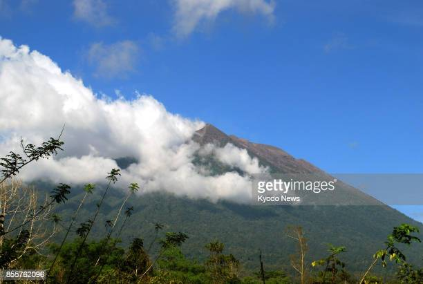 Photo taken on Sept 29 shows Mt Agung on the Indonesian resort island of Bali Local authorities said more than half the evacuees living in the shadow...