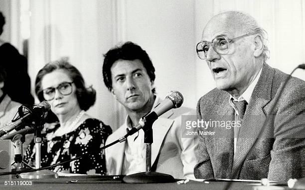 Photo taken Sept 14 1985 Dustin Hoffman middle and Arthur Miller right do press on 'Death of a Salesman' the closing night film of the Toronto...