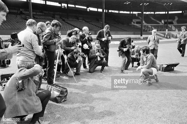 Photocall at Old Trafford for the victorious Manchester United team who defeated Benfica in the European cup Final at Wembley in May Photographers...