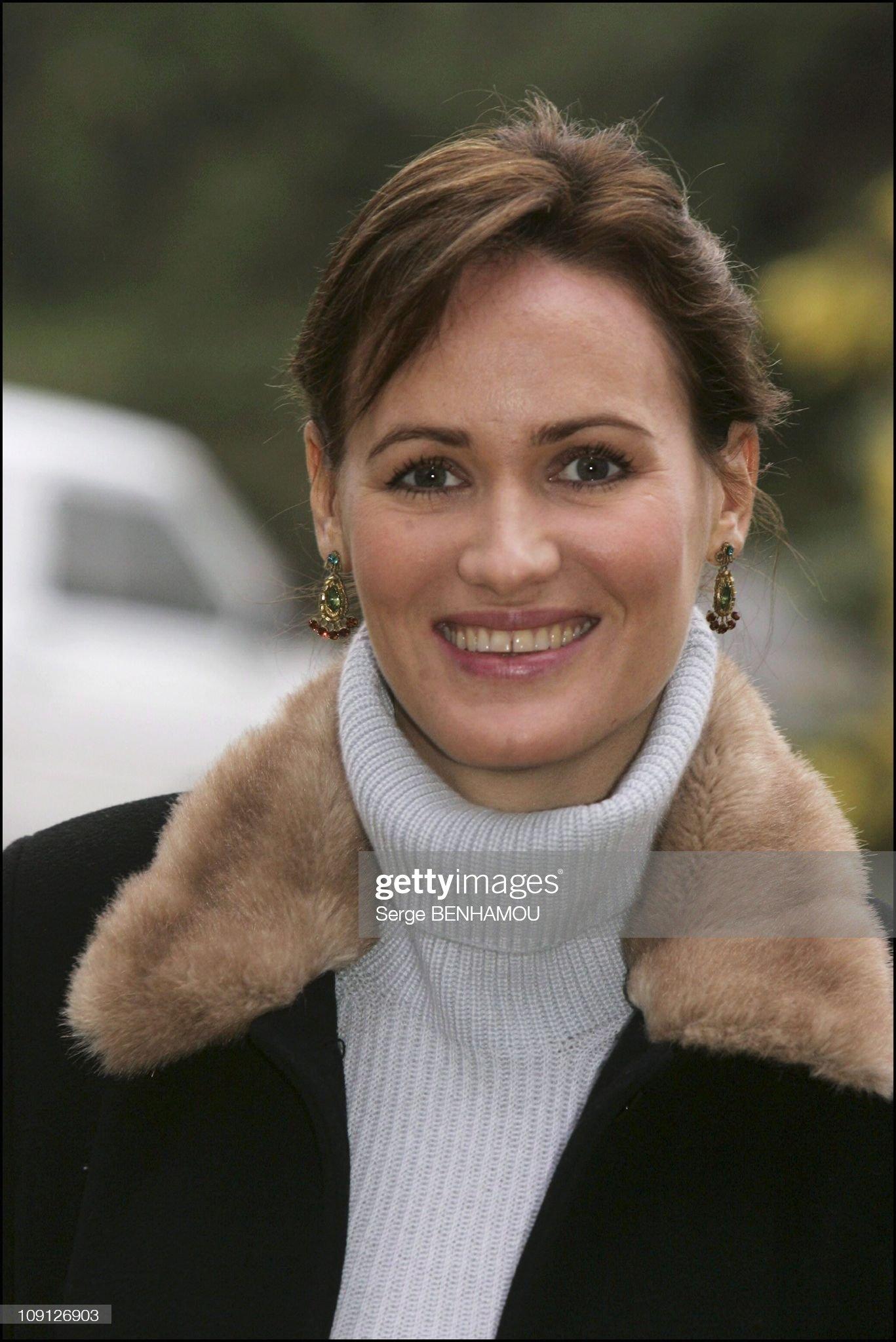 kiki   - ajonc  22 juin  Bravo Martine   Photocall-judith-godreche-in-sarlat-on-november-10-2004-in-sarlat-picture-id109126903?s=2048x2048