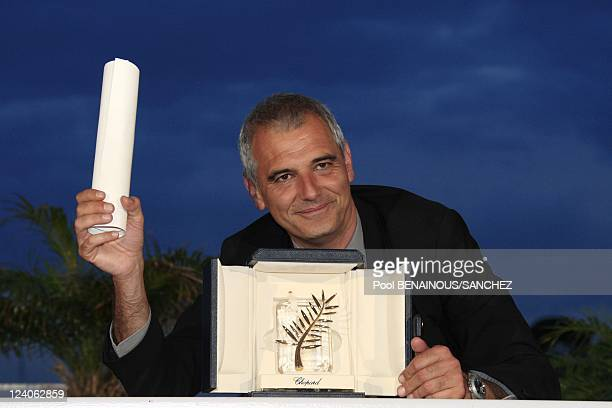 Photocall of Palme d'Or winners at the 61st Film Festival In Cannes France On May 25 2008 Director Laurent Cantet wins the Palme d'Or for 'The Class'