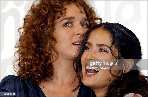 PhotoCall of the film Frida by Julie Taymor with Mexican actress Salma Hayek actress Valeria Golino and Alfred Molina Valeria Golino and Salma Hayek...