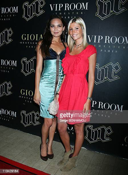 Photocall 'The Black Eyed Peas' At The Vip Room In Paris France On June 25 2009 Chloe Mortaud and Alexandra Rosenfeld