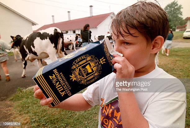 7/8/98 Photog CRAIG HERNDON location Naval Academy Dairy Farm Gambrills MD caption The Naval Academy Dairyfarm in Gambrills MD Rusty Schultz a 4h'er...