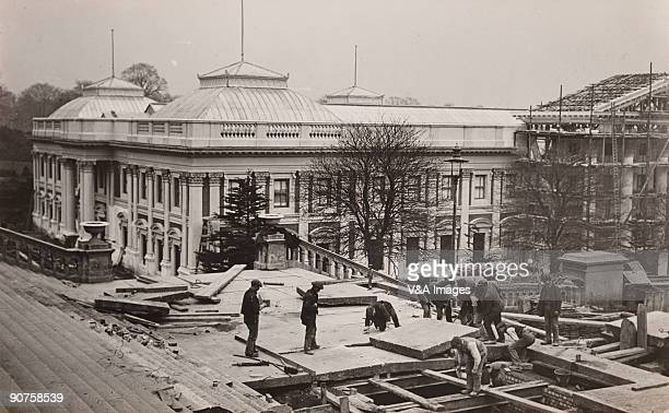 UNITED KINGDOM NOVEMBER 17 Photograph by Horace W Nicholls A replica of South Africa's parliament buildings under construction for an exhibition at...
