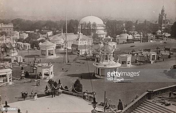 UNITED KINGDOM NOVEMBER 23 Photograph by Horace W Nicholls of the view from the steps of the Crystal Palace in Sydenham of preparations for the...