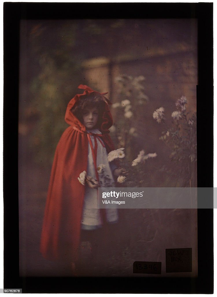 Joan in Red Riding Hood Cape with basket, 1907. : News Photo