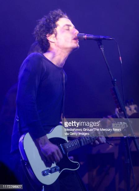 Photograph by Nhat V Meyer in San Francisco on November 15 2000 Jakob Dylan center of The Wallflowers performs at the Warfield in downtown San...