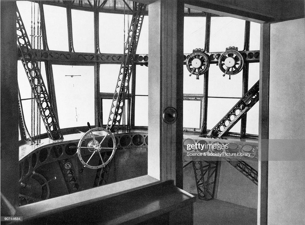 A view of the cockpit of the Zeppelin airship LZ 126, 1924. : News Photo