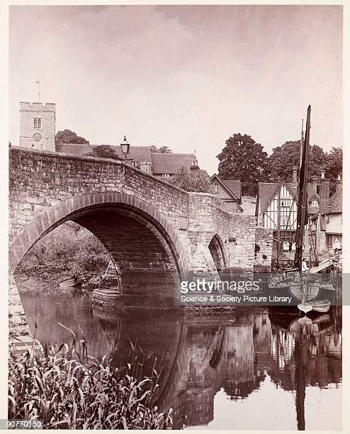 A photograph of a bridge over the River Medway in Aylesford Kent taken by Colonel Joseph Gale in about 1890 The fourteenthcentury bridge casts its...