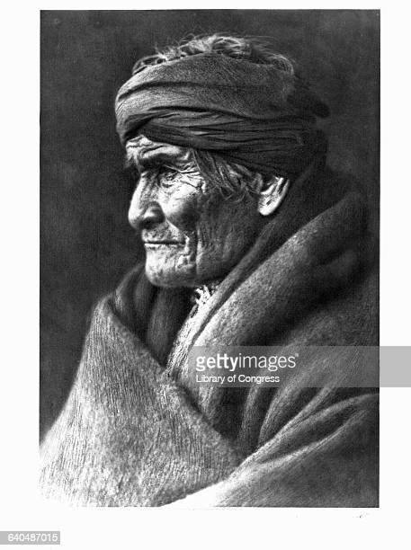 A photograph of Geronimo published in Volume I of The North American Indian by Edward S Curtis