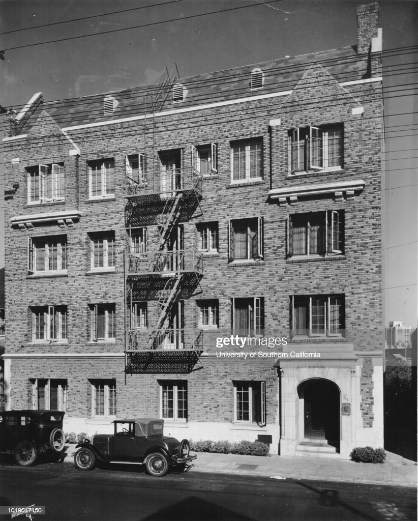 Photograph Of The Blasdel Arms Apartments, 711 South